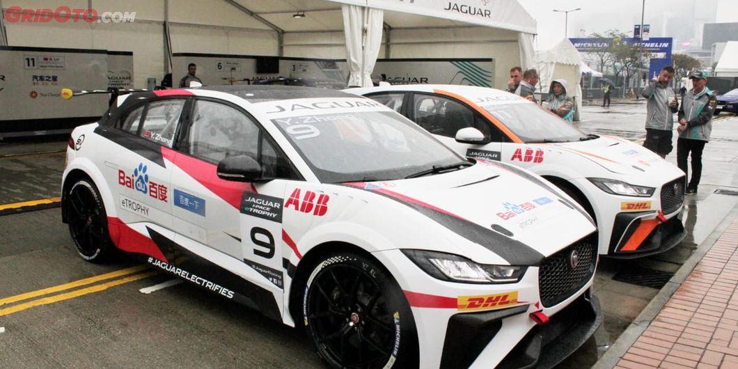 Mobil-mmobil untuk Jaguar I-Pace eTrophy Race