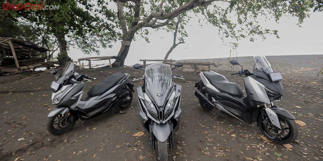 Komparasi Yamaha XMAX 250 VS Honda Forza 250 VS  Kymco Downtown 250i ke Ciletuh, Sukabumi, Jawa Bara