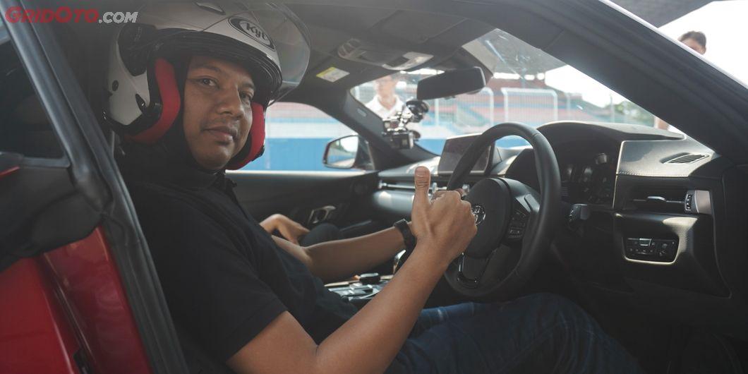 GridOto berkesempatan langsung mengetes Toyota GR Supra di sirkuit Sentul