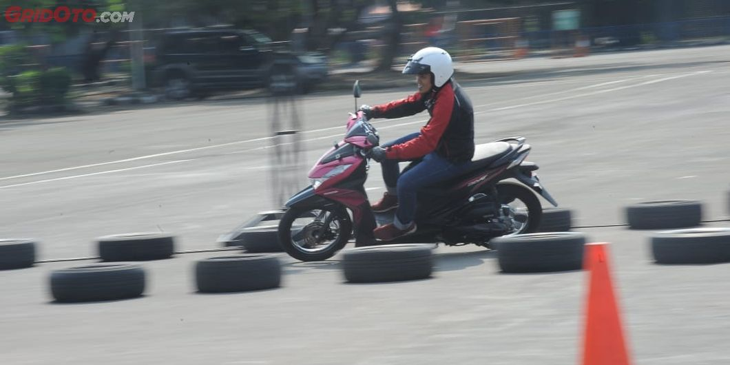Test ride All New Honda Beat