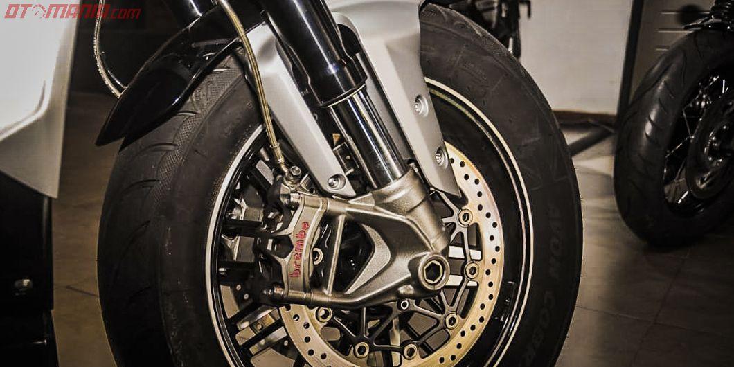 Triumph Rocket 3