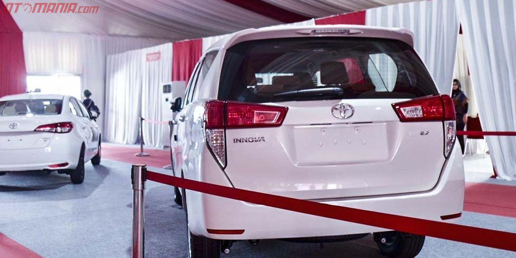 Innova, Seremoni Ekspor Sejuta Unit Toyota Indonesia - Photo: RR Inne Aveline