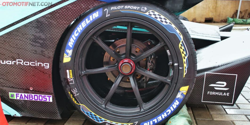 Michelin menjadi pemasok ban balap mobil Formula E