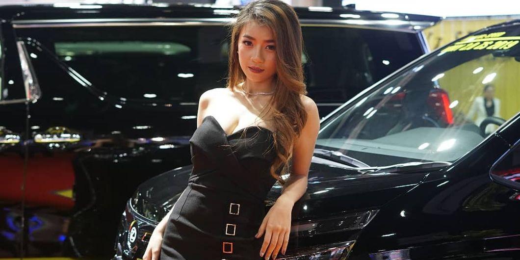 Usher cantik di Bangkok Motor Show 2019