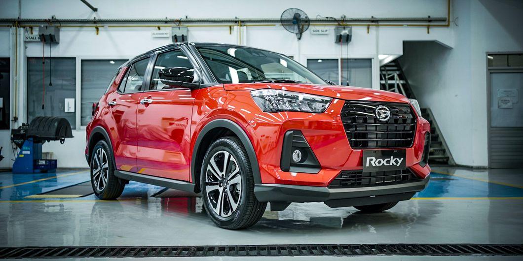 Daihatsu Rocky 1.0L akhirnya resmi diluncurkan di Indonesia setelah penantian panjang, segini target