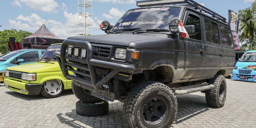 Kijang Off-road Style, peserta MBtech Auto Combat seri 2 Pekanbaru 2018. Photo : Agus Salim