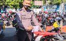 Honda CRF150L Dibuat Wheelie, Tak Sadar Direkam Polisi Lagi Patroli, Endingnya Disita
