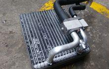 Hindari Hal Ini Saat Bersihkan Kondensor AC Mobil Bekas, Pemilik Wajib Tahu