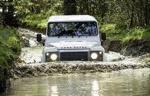 Tips Cek Kondisi Mesin Land Rover Defender, Perhatikan Bagian Ini
