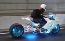 suzuki hayabusa pakai lampu  di pelek dan kolong, bikin seperti motor masa depan