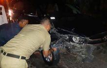 miris, lima mobil pejabat kabupaten rembang yang dikawal voorijder ringsek diperjalanan