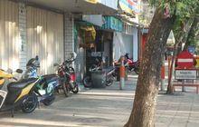 kurangi kendaraan parkir pinggir jalan, warga depok bakal diwajibkan punya garasi