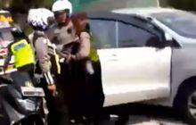 pengemudi toyota avanza tidak bisa berkutik saat dibekuk di batas kota, begini kronologinya