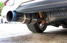 mengapa catalytic converter punya pengaruh besar ke hasil uji emisi?