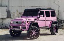 mercedes-benz g-class tampil centil, berbodi pink dan pakai pelek 24 inci