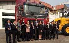 hadir di mining indonesia 2019, volvo trucks bawa fh16 berlivery khusus