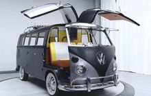 vw kombi dengan pintu mengepak bak di film back to the future