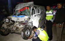 kronologi kecelakaan maut ambulan pengantar jenazah vs truk di tol pejagan-malang, 5 orang tewas