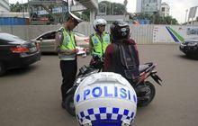 Terjaring Razia SIM dan STNK Tertinggal di Rumah, Boleh Ambil Dulu? Pak Polisi Bilang Begini