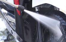Masuk Musim Hujan, Ini Efek Negatif yang Sering Muncul Kalau Malas Cuci Motor