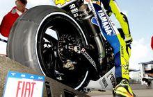 Tidak Semua Tahu! Karena Ini Motor MotoGP Pakai Ban Botak Untuk Balap
