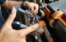 Kunci Hilang Jangan Panik, Biaya Duplikatnya Murah, Ada Model Magnet dan Laser Cut, Apa Bedanya?