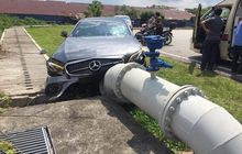 Hiyaaa... Muka Mercedes-Benz E-Class AMG E 43 4MATIC Mencong Seruduk Pipa Saat Test Drive, Harganya Rp 2 Miliar?