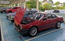 Otojadul: Dealer Honda Ini Punya Koleksi Mobil Klasik di Dalamnya