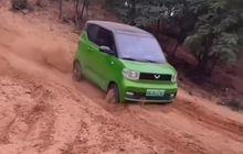 Mobil Listrik Wuling Hong Guang Mini EV Bisa Diajak Libas Jalur Tanah, Yuk Lihat Aksinya
