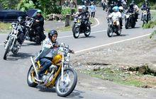 Bikers Kepala Empat Senyum Nih, Cepat Pegal Saat Riding Bukan Karena Faktor Usia