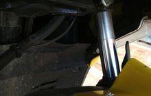 Tips Beli Motor Bekas, Ini Ciri Sokbreker Depan Motor Bocor