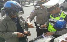 Polisi Luncurkan Stiker Hologram Baru, Para Penunggak Pajak Kendaraan Bakal Ketar-ketir
