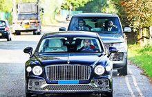 Sebelum Kalah dari Aston Villa, Cristiano Ronaldo Sempat Tertangkap Kamera Naik Bentley Flying Spur, Ini Spesifikasinya