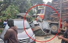AmbulansGepengDigilas Truk Muat Kayu, Kijang Innova dan Strada Selamat