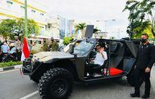 Gagahnya Presiden Jokowi Naik Rantis P6 ATAV V1 Buatan Dalam Negeri, Spesifikasinya Ngeri Juga