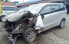 Mengerikan, Bodi Toyota Avanza Dibawa Wanita 62 Tahun Sobek Tendang Pemotor