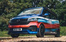 VW Transporter T6 Nyentrik, Bodi Warna-warni, Punya Dapur di Kabin