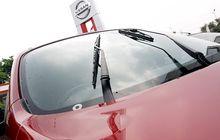 Alternatif Campuran Air Wiper Buat Usir minyak di Kaca Depan