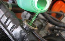 Isi Air Radiator Mobil Kelebihan Gak Ada Untungnya, Malah Jadi Begini