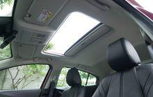 Beli Mobil Bekas Yang Ada Sunroof-nya? Cek Dulu Bagian-bagian Ini