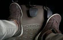 Yuk Sadar yuk.. Ragu-ragu Mainkan Kopling Mobil Bikin Dompet Menjerit