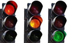 Waspada Ngegas Di Traffic Light, Lampu Kuning ke Merah Cepat Banget