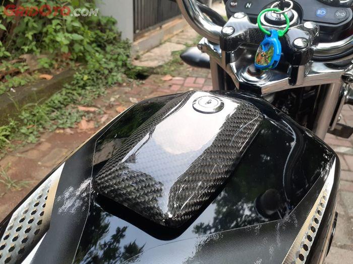 Tutup tangki Yamaha RX-King berbalut karbon kevlar