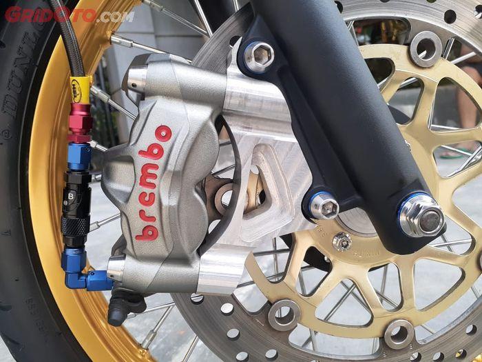 Kaliper rem Honda Nova Sonic 125 RS pakai Brembo Monoblok M50 dengan diskbrake Honda NS1 dan selang rem quick release