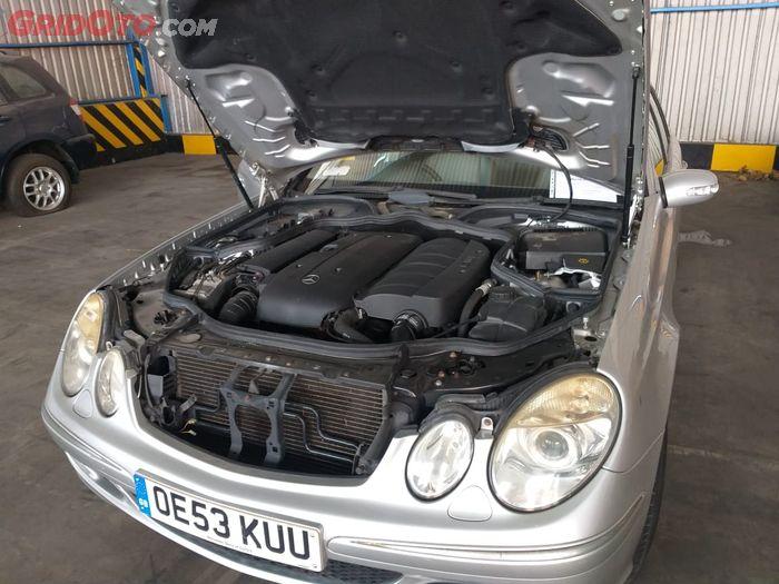 Mesin Mercedes-Benz E270 CDI station wagon (S211) yang dilelang Kantor Pelayanan Utama Bea Cukai (KPUBC) Tipe A Tanjung Priok, Jakarta Utara.