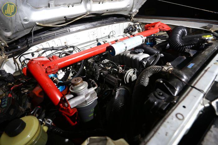 Seperti kebanyakan mobil adventure off-road. Sektor sumber tenaga tidak diutak-atik sama sekali. Mesin diesel 2.500 cc Duratorq dengan tenaga 141 hp dan torsi 330 Nm dirasa sudah cukup.