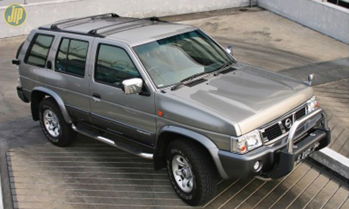 Ilustrasi Nissan Terrano bekas