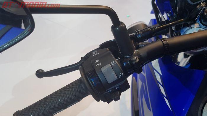 Letak saklar lampu hazard di Yamaha WR 155R