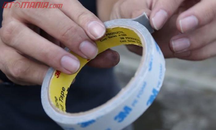 Double tape untuk menghilangkan getaran pada bodi motor