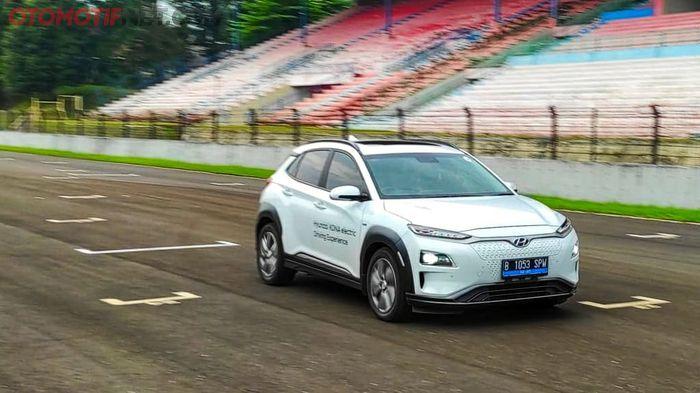 Menjajal Hyundai Kona Electric di Sirkuit Sentul